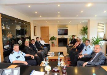 Vali Özdemir'den Emniyet Müdürlüğü'ne ziyaret