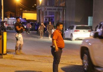 Hakkari Depin Polis Kontrol Noktası'na bombalı araçla saldırı: 8 yaralı