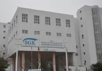 SGK'dan darbe gazilerinden sağlık hizmeti bedeli alınmayacağı uyarısı