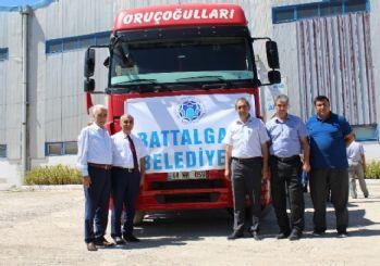Malatya'daki Suriyeliler için 1 TIR giyim yardımı yapıldı