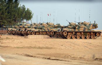 Suriye sınırında tanklarla güvenlik kontrolü