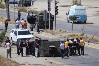 Zırhlı araçlar kaza yaptı: 3 asker, 3 polis yaralı