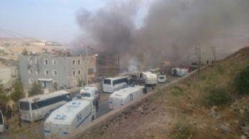 Cizre'de terör saldırısı: 8 şehit, 50 yaralı