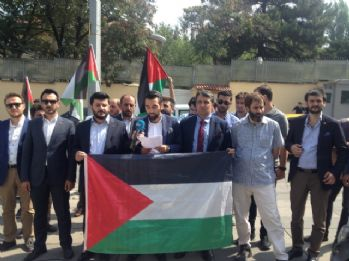 İsrail Büyükelçiliği önünde protesto