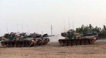 Obüs ve tanklar Suriye'ye girdi