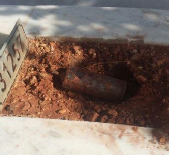 Çocuk mezarlığında el yapımı patlayıcı bulundu