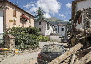 İtalya'daki depremde yaşamını yitirenlerin sayısı 290'a yükseldi