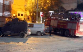 Hakkari'de polis lojmanı yakınında patlama