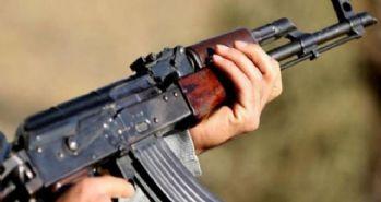 Yol kesen PKK'lılar, kaçmaya çalışan doktoru taradı!