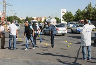 Batman'da polis aracına silahlı saldırı: 1 şehit