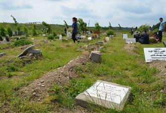Danimarka'da Müslüman mezarlığına saldırı