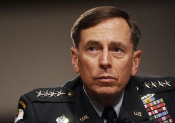 CIA eski direktörü: IŞİD'e karşı El Kaide'yi kullanalım