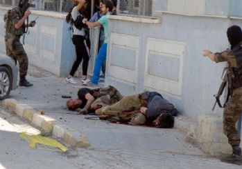 Tunceli'de PKK sloganlarını özel harekatçılar böyle susturdu