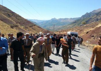 Hakkarililer PKK'yı protesto etti!
