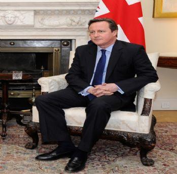 Cameron: 'Türkiye'deki sığınmacılara maddi yardımda bulunacağız'