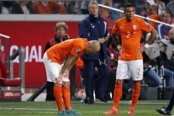 Arjen Robben 1 ay yok