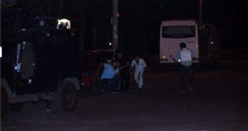 Ambulansa desteğe giden polise ateş açtılar!