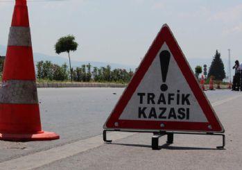 Amasya'da otomobil ile TIR çarpıştı: 4 ölü