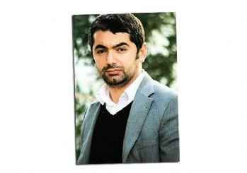 http://www.hurhaber.com/hdp-ye-destek-vermeyen-kurt-yazar-silahli-saldiriya-ugradi-haberi-28438.html