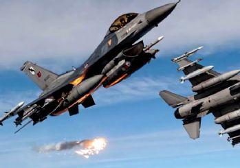 Türk F-16'larına taciz