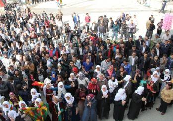 HDP'nin Van mitingine neredeyse hiç kimse katılmadı
