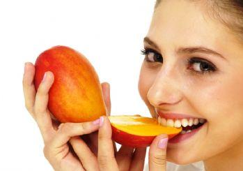 http://www.hurhaber.com/makyajdan-yorulan-cildinizi-mango-ile-besleyin-haberi-28950.html