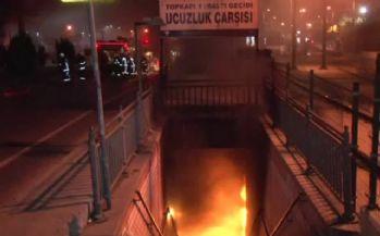 Topkapı'da yeraltı çarşısında korkutan yangın