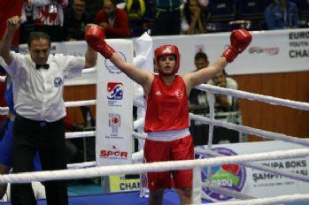 Busenaz Avrupa Şampiyonu!