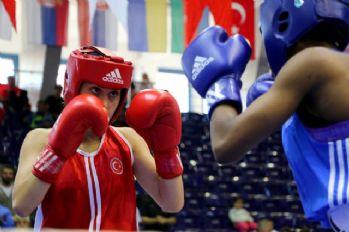 İki Türk boksör daha finalde