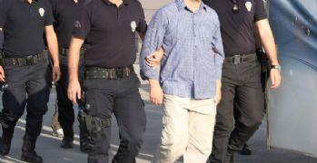 İzmir Adliyesinde FETÖ operasyonu: 76 gözaltı