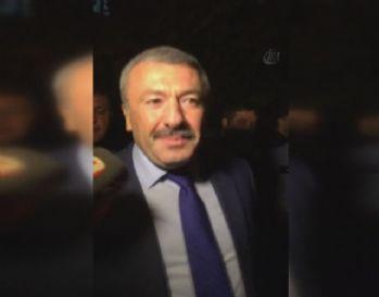 İstanbul Emniyet Müdürü: 'Olay terörle bağlantılı değil'