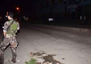 Adana'da polise bombalı hain saldırı!