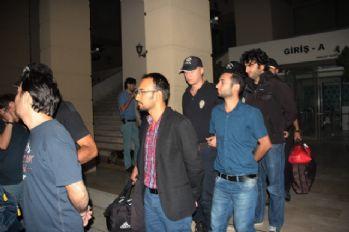 14 polise FETÖ'den tutuklama