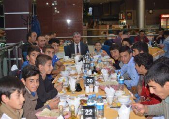 Başkan Aksoy sporcularla bir araya geldi