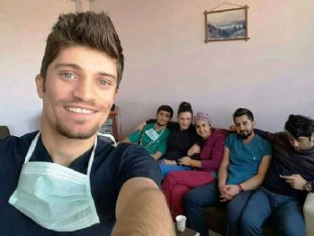 Anestezi teknikeri odasında ölü bulundu