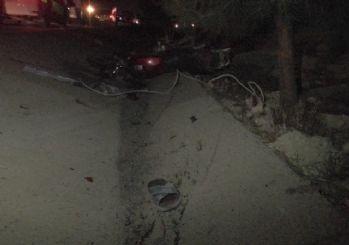 Minibüsün çarptığı motosikletin üzerindeki 3 işçi yaralandı
