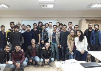 Eskişehir'deki Azerbaycanlı öğrencilere 'Liderlik ve Özgüven' semineri