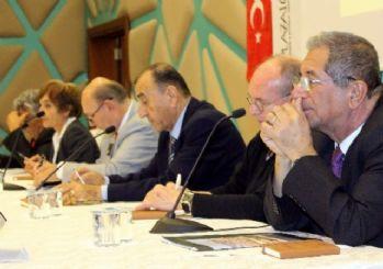 Bursa'da cumhuriyetin kazanımları konuşuldu