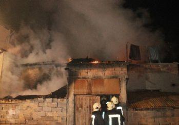 (ÖZEL) Konya'da müstakil evde yangın