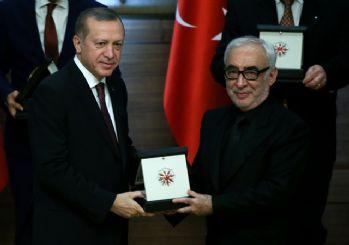 Erdoğan'dan Şener Şen'e sinema ödülü! Sosyal medyadan linç girişimi