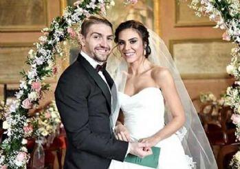 Caner Erkin'den sürpriz! Şükran Ovalı ile evlendi