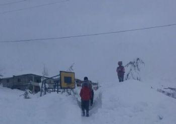 Tufanbeyli'de eğitim aşkı kar engeli tanımıyor