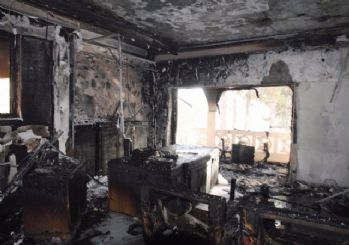Tadilatı tamamlanan Halk Eğitim Merkezinde yangın çıktı