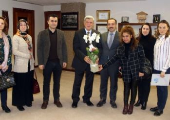 Başkan Karaosmanoğlu, okul idarecileri ve yönetimiyle bir araya geldi