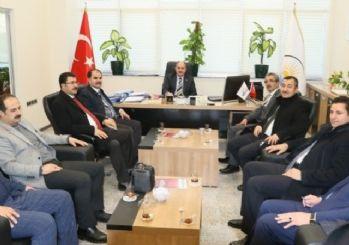 AK Parti heyetinden Genel Sekreter Yaşar'a ziyaret