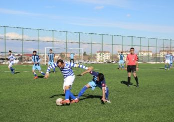 Messi Kemal oynadığı futbolla herkesi kendisine hayran bırakıyor