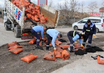 Başiskele'de bozulan yollar onarılıyor