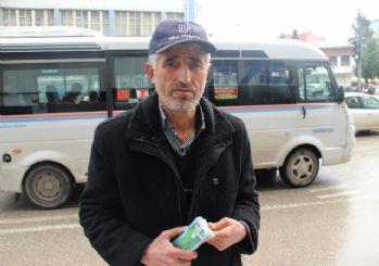 Adana'da 4 milyon TL'lik Milli Piyango bileti satan bayinin mutluluğu