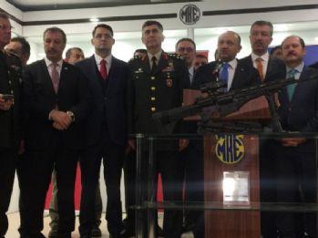 Bakan Işık, MPT-76 piyade tüfeklerini TSK'ya teslim etti