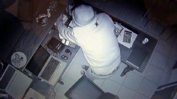 Restorana giren hırsız güvenlik kamerasına yakalandı